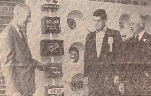 Globe Kentucky 1957