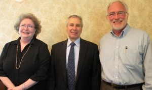 Dr David Garmon with Janice Peters and Gene Strehlow
