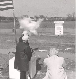 battery-glendale-ground-breaking-1965